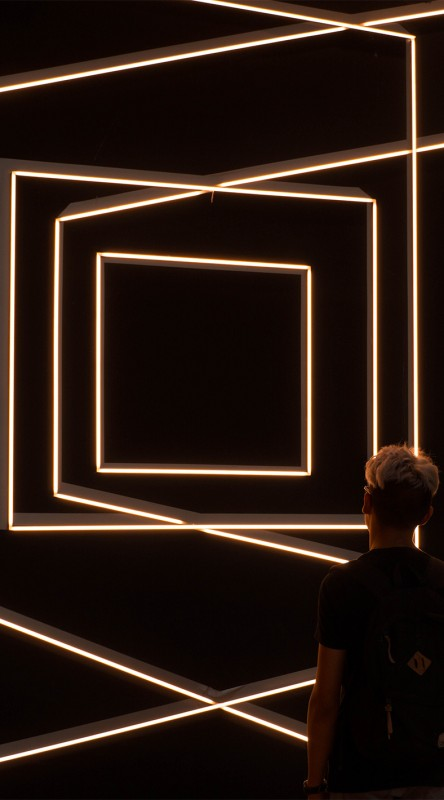 media/image/hunke-brillen-individualisten-linien-dunkel.jpg