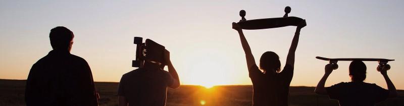 media/image/Sonnenuntergang-Skateboard-Hunke-Sonnenbrillen.jpg