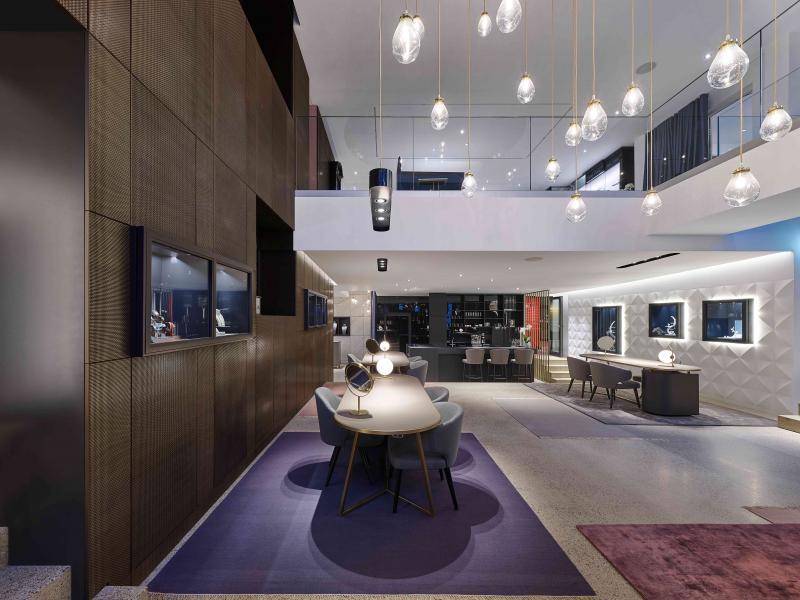 media/image/Atrium-mit-Galerie.jpg
