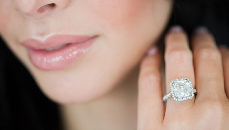 media/image/hunke-schmuck-diamonds-ring-diamant.jpg